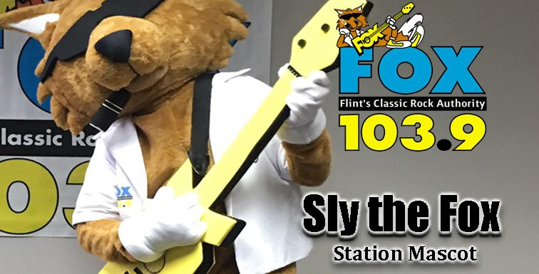 "Say ""Hi"" to Sly! The New Fox Mascot! [VIDEO]"